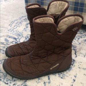 Columbia boots women's size 9